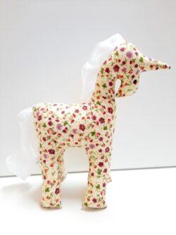 Текстилна играчка еднорог
