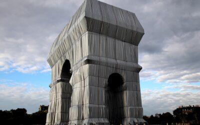"""""""Маската"""" на Триумфалната арка"""